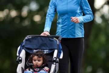 Run_with_child_iStock_000017773900Large