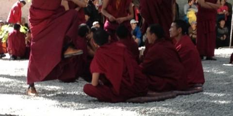 Munkedebat i Tibet